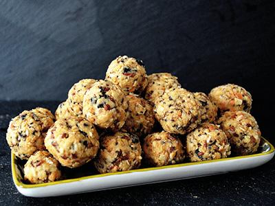 VITALIA Blog Rezept Hemp Cinnamon Energy Balls