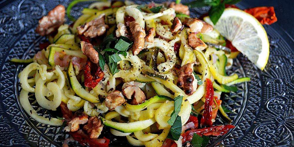 VITALIA Rezept Banner Zucchini Spaghetti