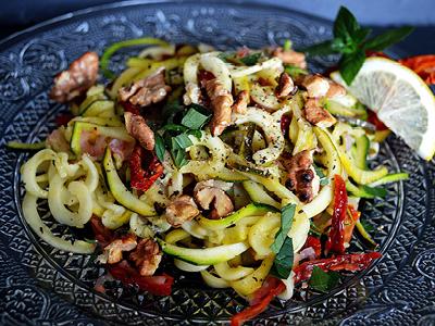 VITALIA Blog Rezept Zucchini Spaghetti